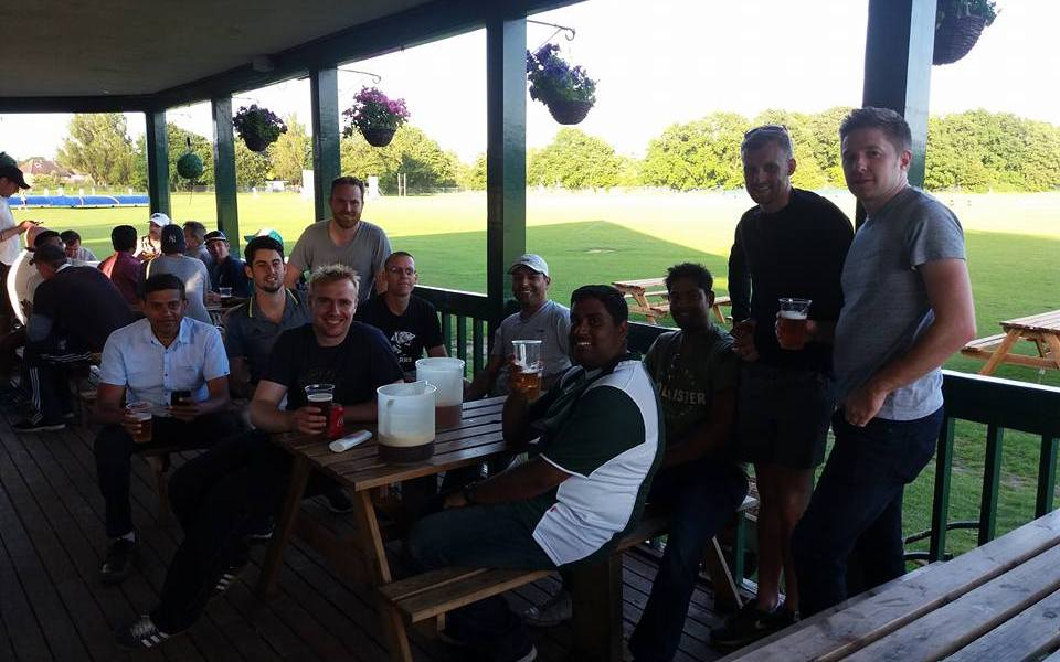 Team photo at Ploughmans - Park Hill Cricket in Epsom and Ewell